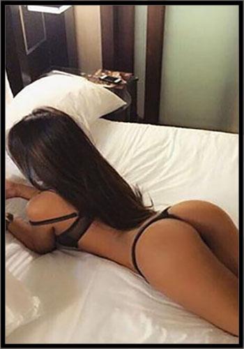brunette escort electra